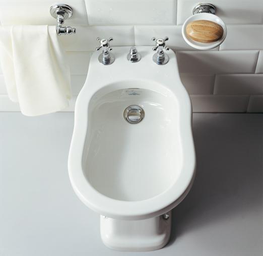 Lavabo e sanitari a terra Londra