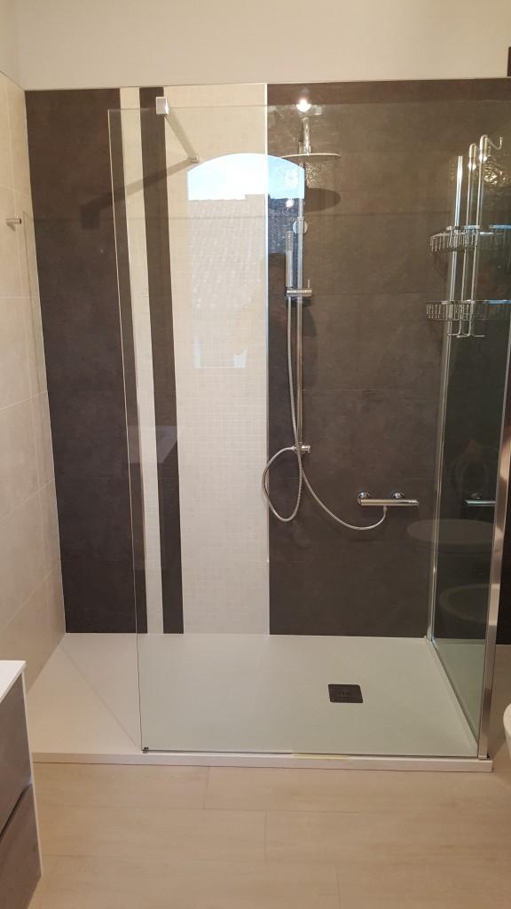 Sostituzione vasca con doccia venezia padova pandolfo - Sostituzione vasca da bagno con doccia prezzi ...