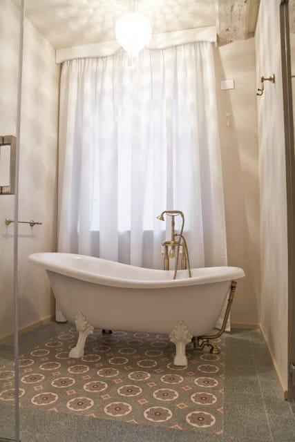 grandinetti 15 Vasca da bagno pavimenti-rivestimenti-e-decori-in-graniglia-pastina-di-cemento-mosaici-e-cementine